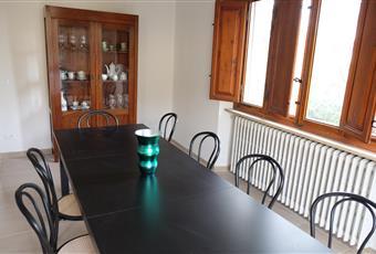 Il pavimento è piastrellato, la cucina è luminosa Toscana LU Lucca
