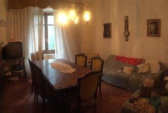 Il pavimento è di parquet, il salone è luminoso Toscana SI Piancastagnaio
