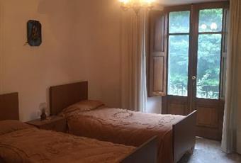 Il pavimento è piastrellato, la camera è luminosa Toscana SI Piancastagnaio