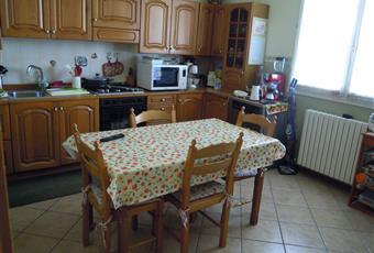 La cucina è luminosa e spaziosa. Emilia-Romagna MO Concordia sulla Secchia