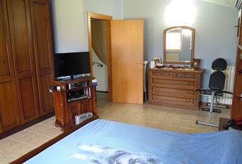 La più grande delle camere da letto con portafinestra su ampio terrazzo Emilia-Romagna MO Concordia sulla Secchia