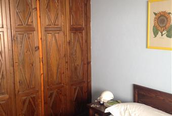 La camera da letto comoda e luminosa, con vista sulle Torri Piemonte TO Sestriere