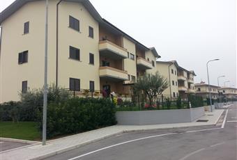 Cucina e soggiorno in ambiente unico; molta luce in quanto non vi sonio palazzi che possono coprire la visuale Campania BN Benevento