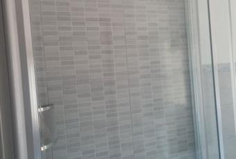 Il bagno è luminoso, il pavimento è piastrellato Piemonte AL Cassano Spinola