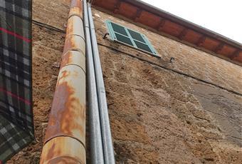 Il tetto è stato ristrutturato nel 2013 ed anche i canali di scolo Lazio VT Blera