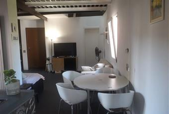 Il salone è con travi a vista, il salone è luminoso Liguria IM Bordighera