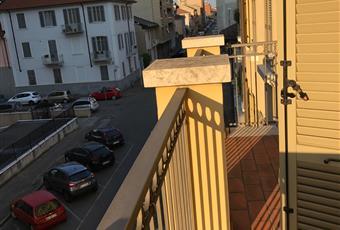 terrazzo doppio accessibile dalle 2 porte finestre della sala Piemonte AL Alessandria