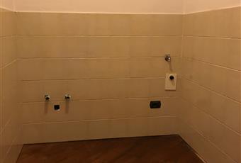 lavanderia con attacchi e scarichi per un lavandino, lavatrice ed asciugatrice  Piemonte AL Alessandria