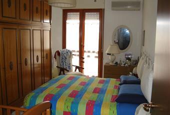 la stanza è luminosa e spaziosa, fornita di pompa di calore Sardegna CA Assemini