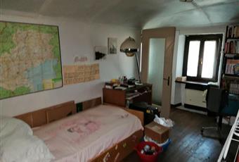 Il pavimento è di parquet, la camera è luminosa Piemonte TO Corio