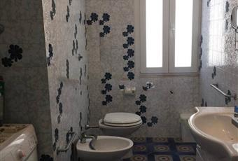 Il bagno è luminoso Puglia BA Mola di Bari