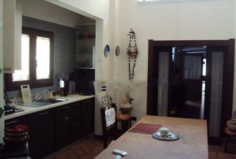 La cucina è luminosa, il pavimento è piastrellato Emilia-Romagna RN Cattolica