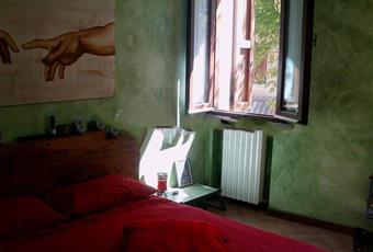 Il pavimento è piastrellato, la camera è luminosa Emilia-Romagna RN Cattolica