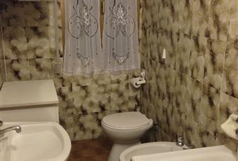 Il bagno è completo di tutti gli elementi. La caldaia è interna ed indipendente. Emilia-Romagna BO Lizzano in Belvedere