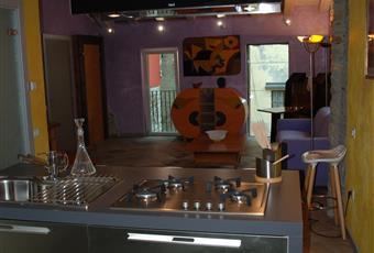 La cucina completa di tutti gli elettrodomestici con bancone  Piemonte VB Verbania