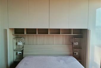 Il pavimento è di parquet, la camera è luminosa Armadi che sfruttano tutte le pareti. Moltissima capienza  Emilia-Romagna BO Bologna