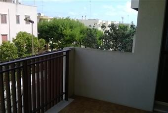 Affaccio su giardino condominiale e altre case con tanto verde e spazio libero Puglia BR Brindisi