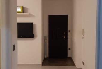 Trilocale in affitto in piazza Dossena, 40
