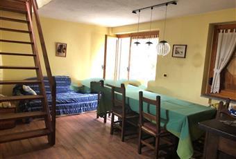 Il pavimento è di parquet, il salone è luminoso Valle d'Aosta AO Pré-Saint-Didier