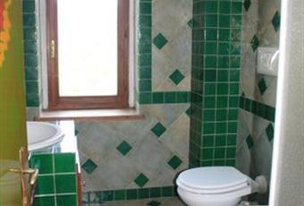 Il pavimento è piastrellato, il bagno è luminoso Emilia-Romagna PC Bettola