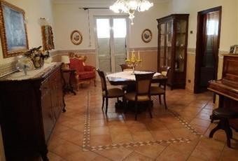 Vendesi appartamento a Favara
