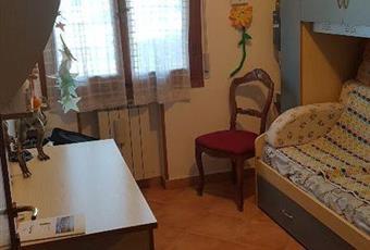 La camera è luminosa, il pavimento è piastrellato Toscana FI Empoli
