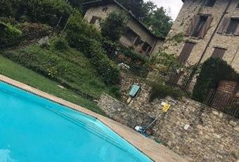 Il pavimento è di parquet Emilia-Romagna MO Serramazzoni