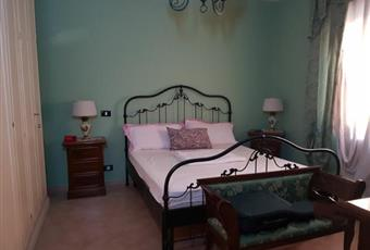 Il pavimento è piastrellato, la camera è luminosa Campania AV Ariano Irpino