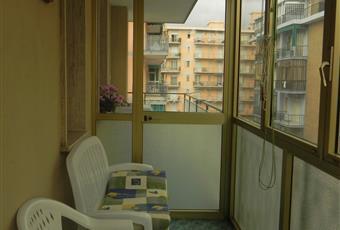 Il bagno è luminoso, il pavimento è piastrellato Liguria SV Borghetto Santo spirito