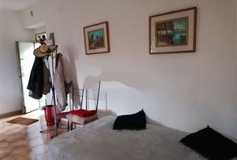 Il pavimento è piastrellato Basilicata PZ Corleto Perticara
