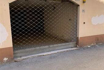 Garage, Posto Auto in Vendita in Via Maremmana Vecchia 13 a Colle di Val d'Elsa