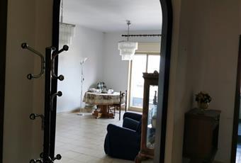 Il pavimento è piastrellato, il salone è luminoso Sicilia AG Aragona