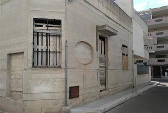 Vendita intera palazzina al rustico 340.000 €