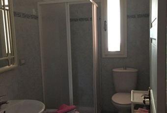 Il pavimento è piastrellato, il bagno è luminoso Toscana LI Sassetta