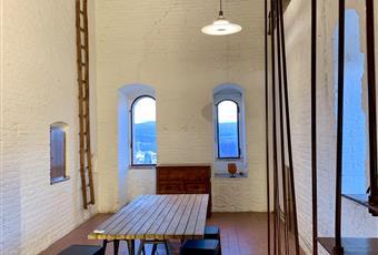 Il pavimento è piastrellato, il salone è luminoso Toscana SI Colle di Val D'Elsa
