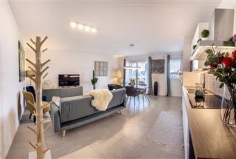 Affittasi stanze in appartamento nuovo di 210 mq