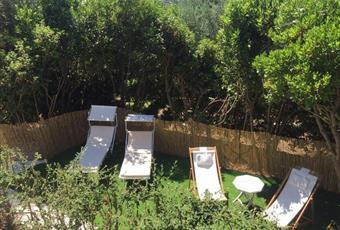 Il giardino è con erba Puglia BR Cisternino