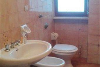 Il pavimento è piastrellato, il bagno è luminoso Piemonte AL Acqui Terme