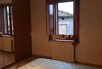Il pavimento è piastrellato, la camera è luminosa Toscana SI Chiusdino