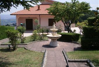 Il giardino è con erba Campania AV Montemarano