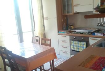 Il pavimento è piastrellato, la cucina è luminosa Puglia BA Gioia del Colle