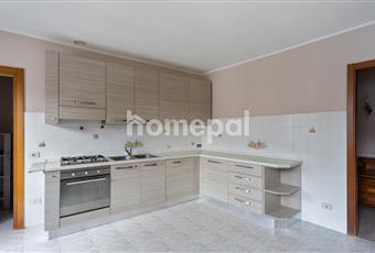 Cucina abitabile in vendita completa di arredamento ed elettrodomestici. Lombardia PV Cilavegna