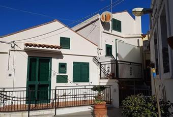 Casa Indipendente in Vendita in Via Osannale 38 a Pisticci € 99.000
