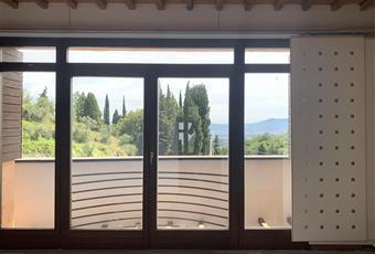 Foto SALONE 30 Toscana PO Carmignano