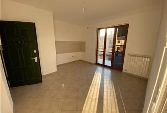 zona giorno con angolo cottura . molto luminosa grazie alla grande finestra che da sul terrazzo. Lombardia BG Capriate San Gervasio