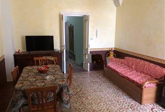 Appartamento via Macello 6, Squinzano € 90.000