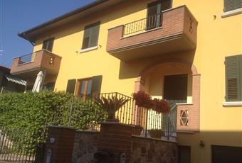 Casa di paese in vendita in via Enrico de Nicola, 55 Sinalunga