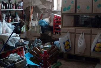 Il salone è luminoso, il garage è luminoso Abruzzo PE Loreto Aprutino