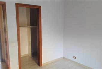 Due camere da letto. in una è presente un armadio a muro Calabria RC Reggio di Calabria