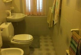 Il pavimento è piastrellato Liguria SP Vezzano Ligure